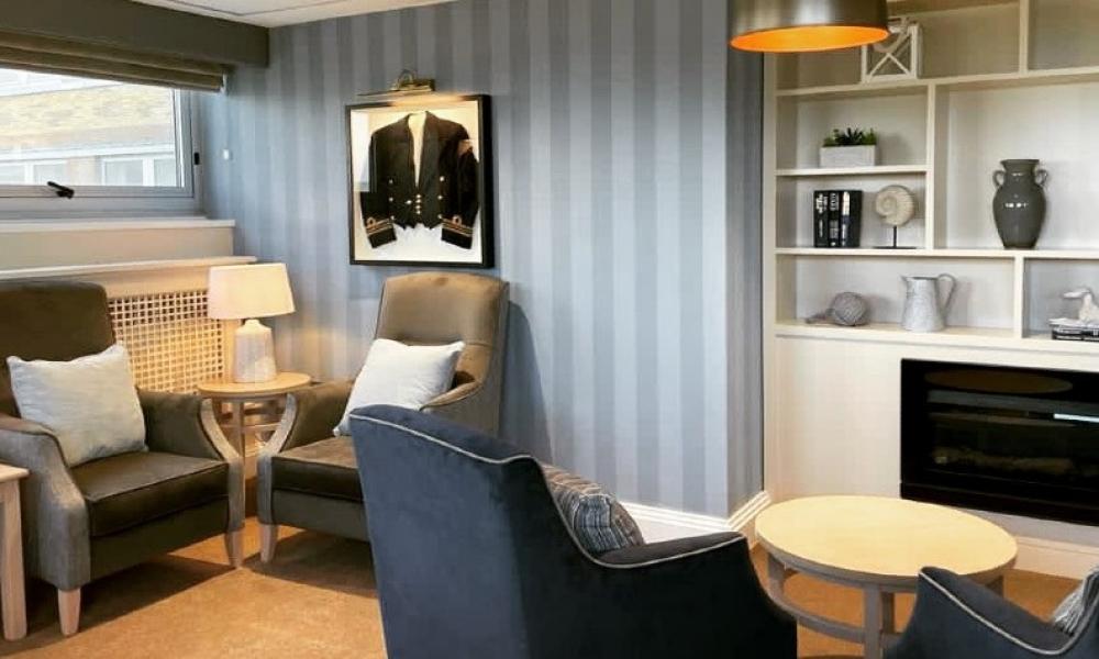 Quiet lounge website
